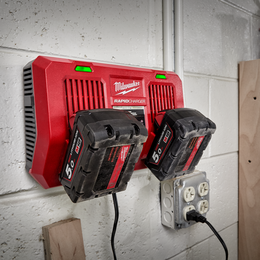 M18™ Dual Bay Simultaneous Rapid Charger