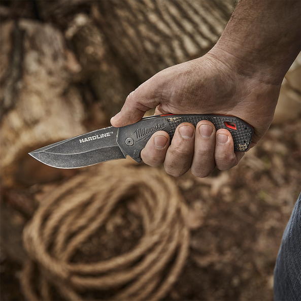 "3.5"" HARDLINE™ Smooth Blade Pocket Knife"